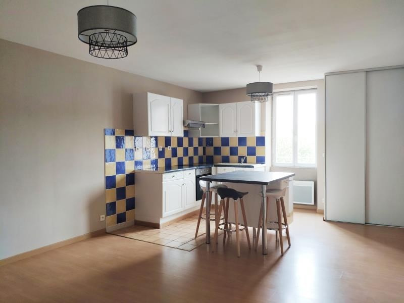 Location appartement Mazamet 420€ CC - Photo 1