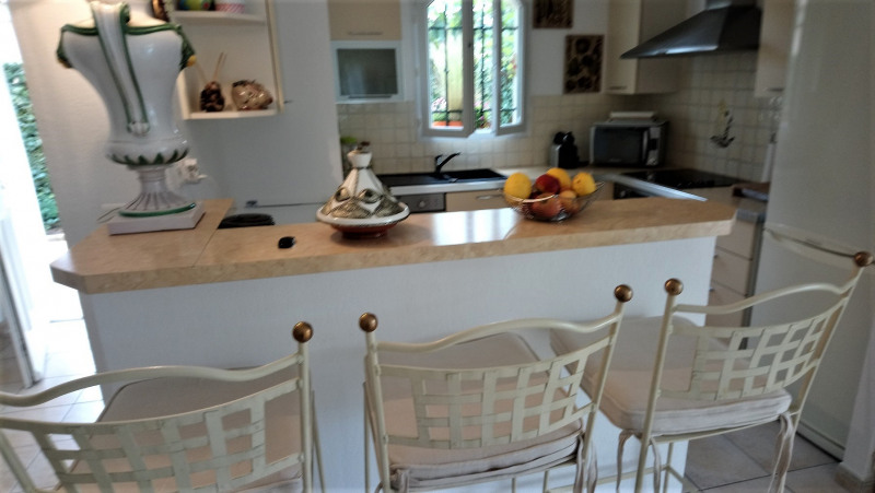 Vacation rental house / villa Les issambres 1 890€ - Picture 2