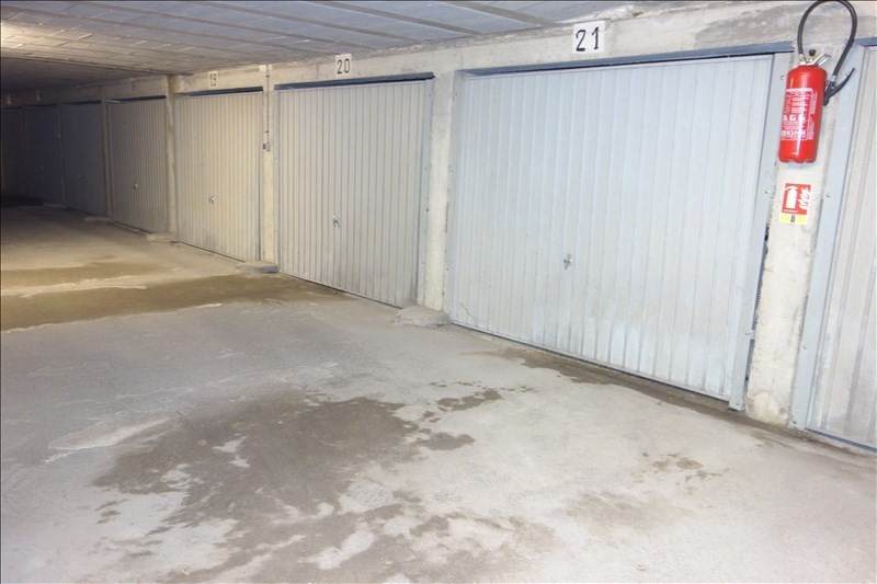 Sale parking spaces La roche sur yon 8 500€ - Picture 1