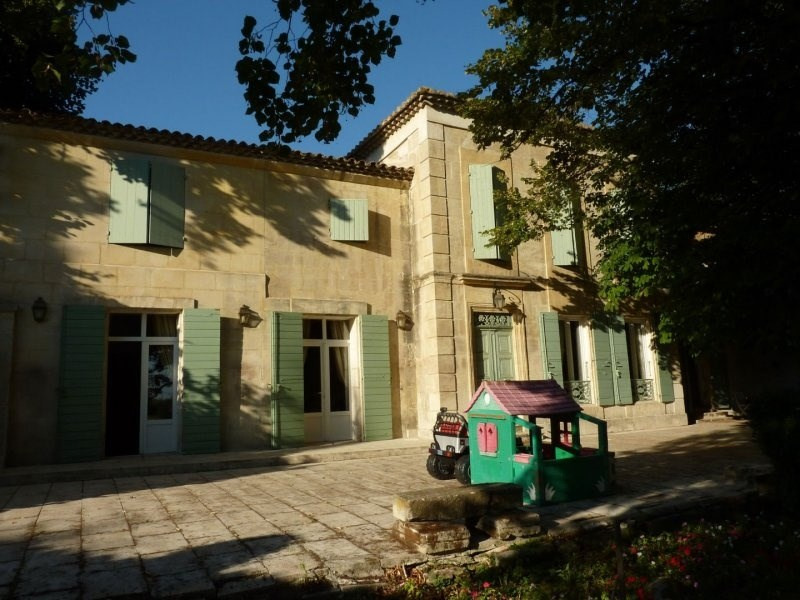 Deluxe sale house / villa Arles 790000€ - Picture 2