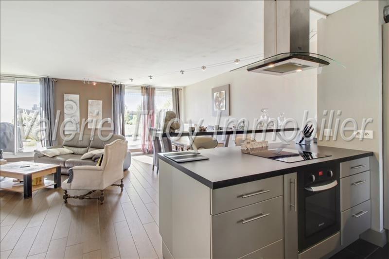 Vendita appartamento Bruz 191475€ - Fotografia 2