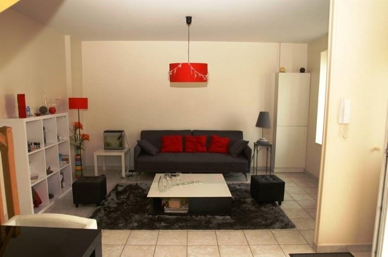 Rental house / villa Bourgoin jallieu 880€ CC - Picture 2