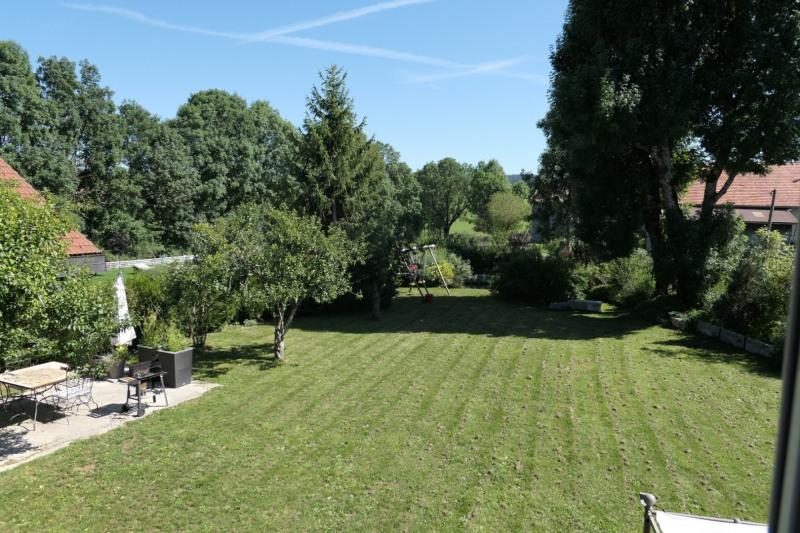 Vente maison / villa Saint-laurent-en-grandvaux 305000€ - Photo 2