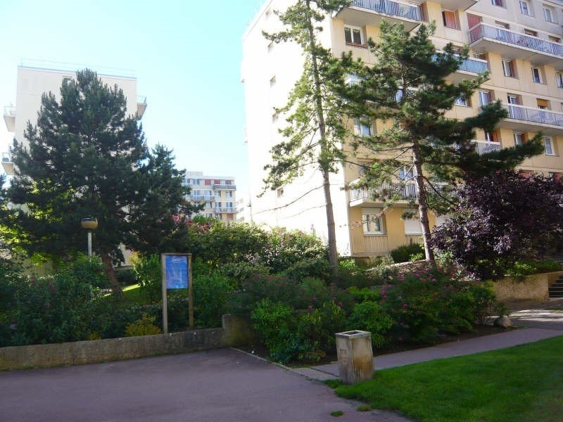 Location appartement Poissy 1090€ CC - Photo 4