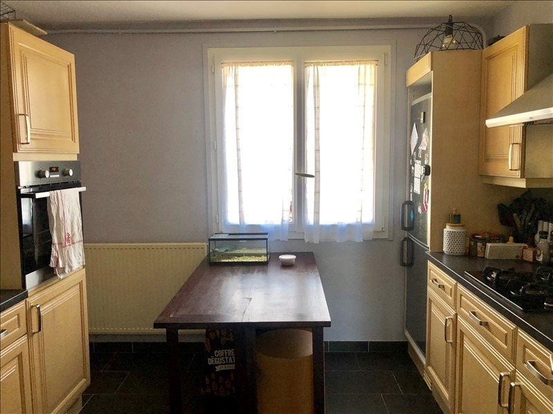 Sale apartment Le mesnil le roi 247000€ - Picture 2