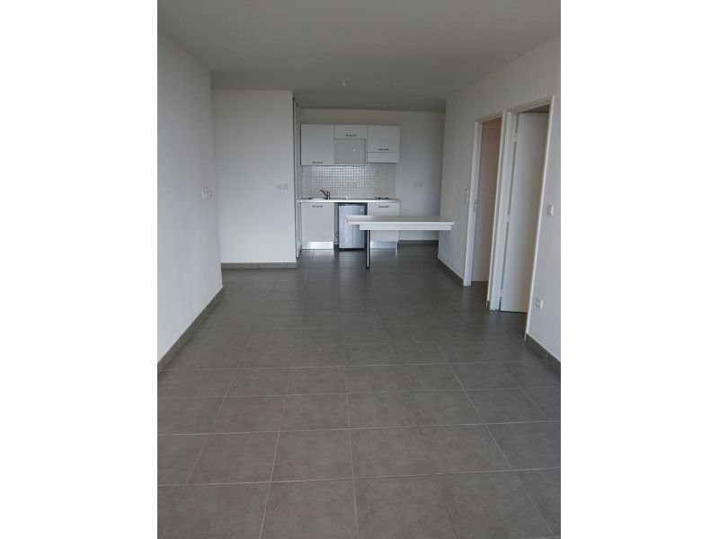 Location appartement St denis 667€ CC - Photo 3