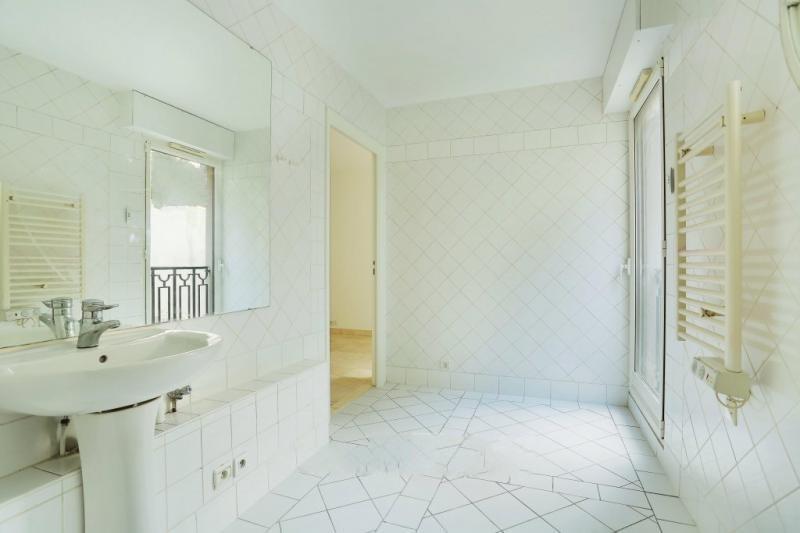 Rental apartment Paris 16ème 3970€ CC - Picture 5