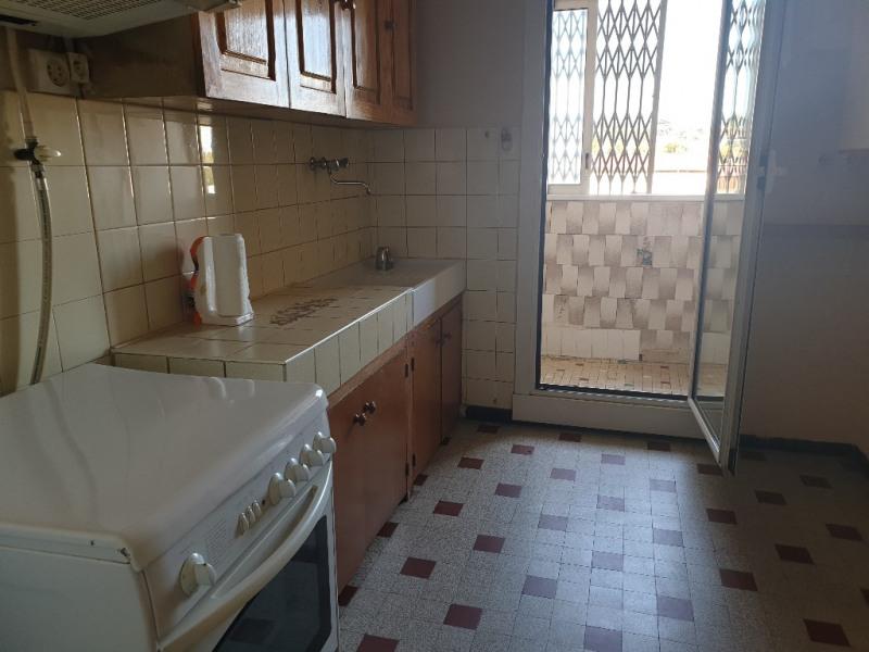 Sale apartment Marseille 66000€ - Picture 2