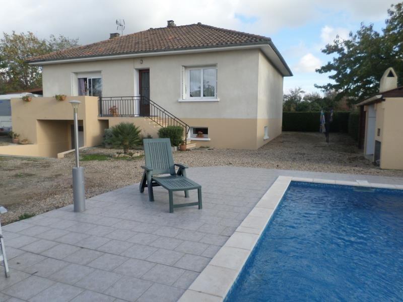 Vente maison / villa Lussac les chateaux 146000€ - Photo 1