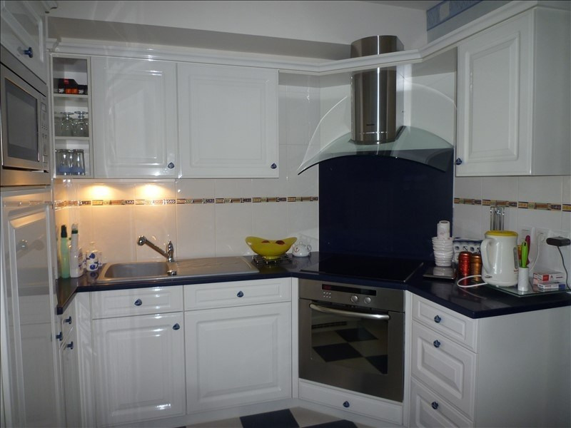 Sale apartment St martin de brehal 399000€ - Picture 6