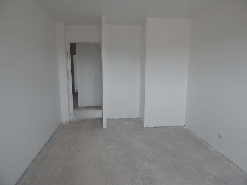 Investment property house / villa Isle 335000€ - Picture 10