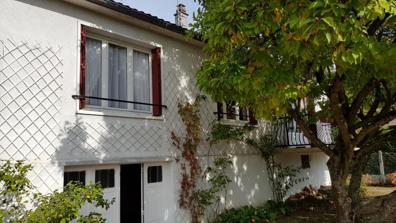 Sale house / villa Montlhery 336000€ - Picture 1