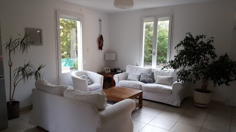 Location maison / villa Champagne au mont d'or 1 820€ CC - Photo 6