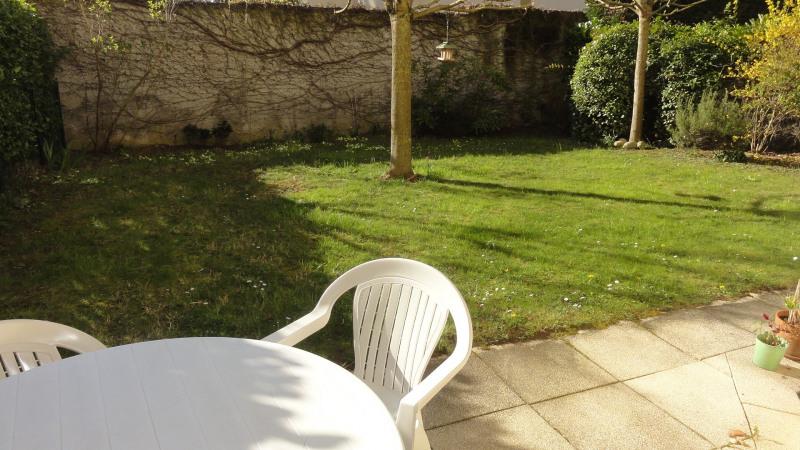 Sale apartment Caluire-et-cuire 379600€ - Picture 1