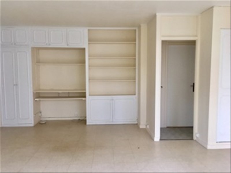 Rental apartment Marly le roi 1100€ CC - Picture 5
