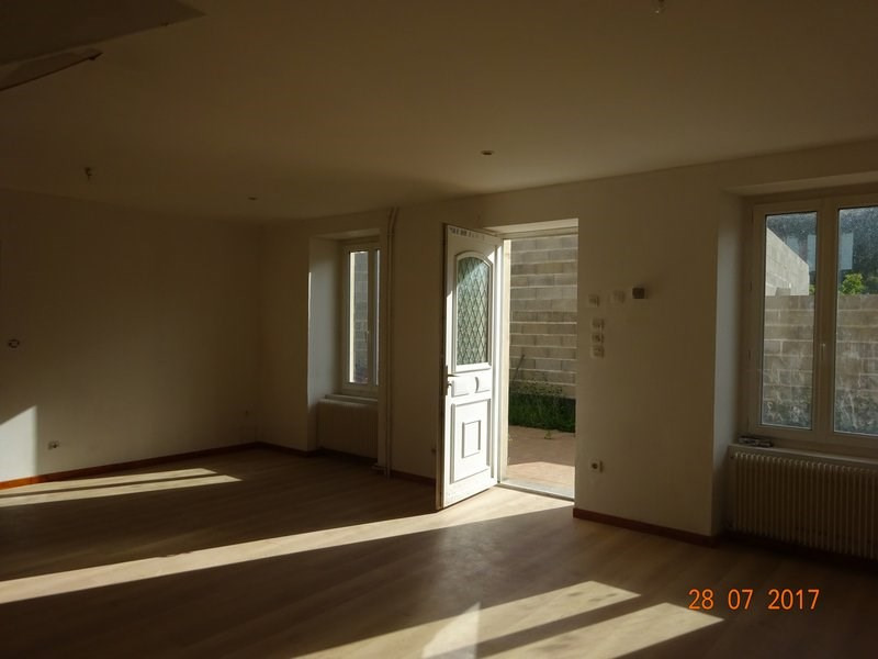 Location maison / villa Ponsas 650€ +CH - Photo 3