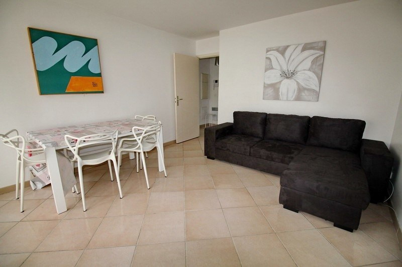 Rental apartment Nice 850€ CC - Picture 1