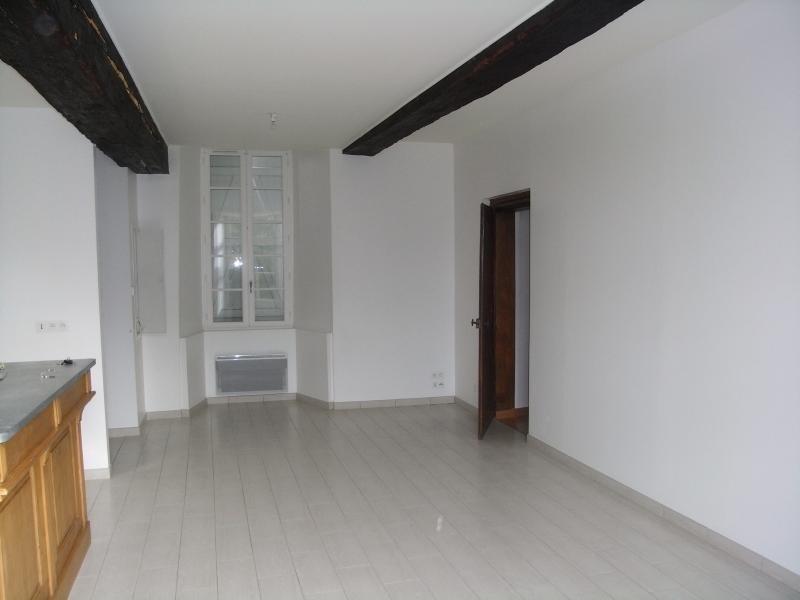 Location appartement Le genest st isle 530€ CC - Photo 9