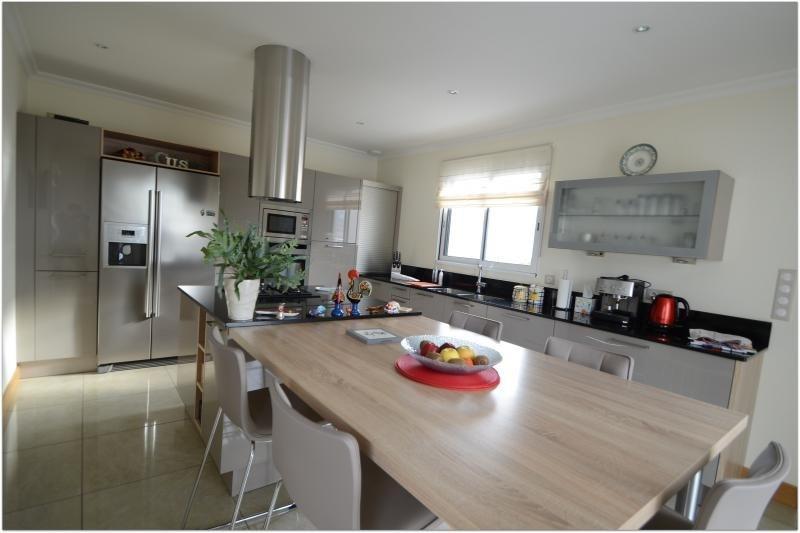 Deluxe sale house / villa St rogatien 640000€ - Picture 3