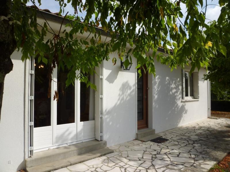 Vente maison / villa Chateaubernard 143000€ - Photo 1