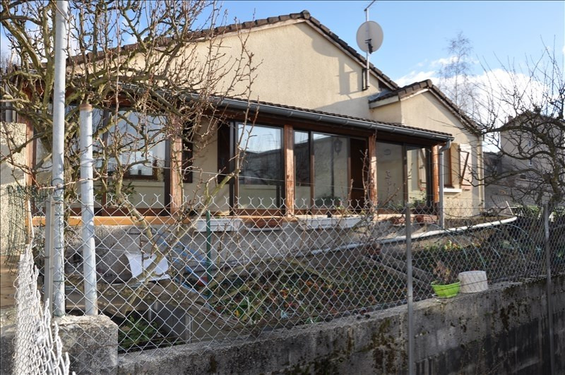 Sale house / villa Oyonnax 170 000€ - Picture 1