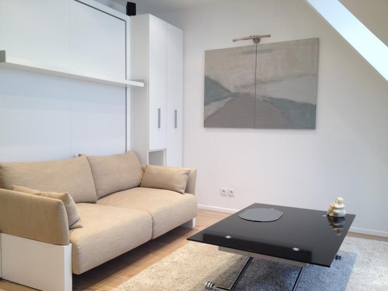 Alquiler  apartamento Paris 7ème 1135€ CC - Fotografía 2