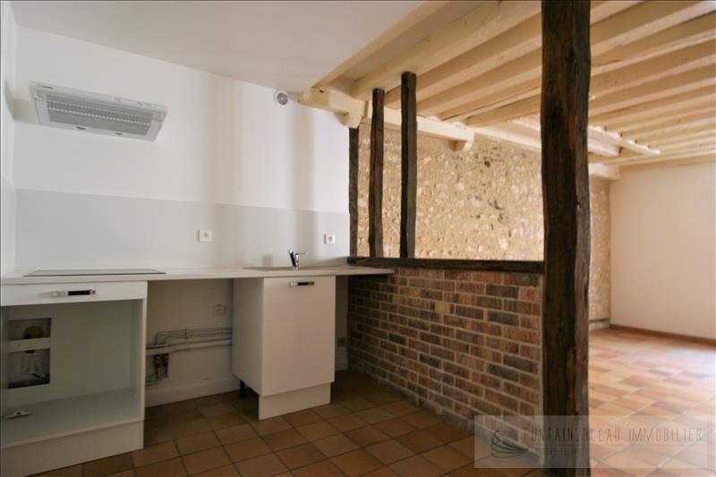 Sale apartment Fontainebleau 210000€ - Picture 2