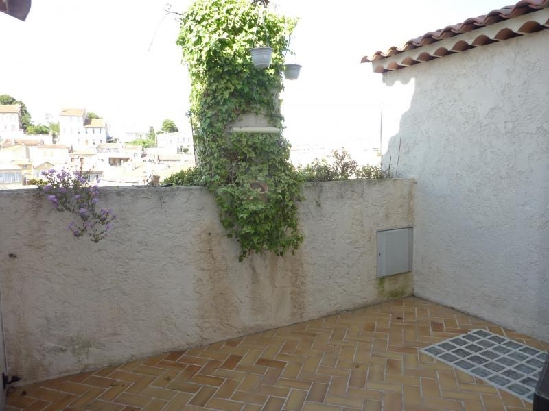 Rental house / villa Marseille 6ème 1 132€ CC - Picture 1