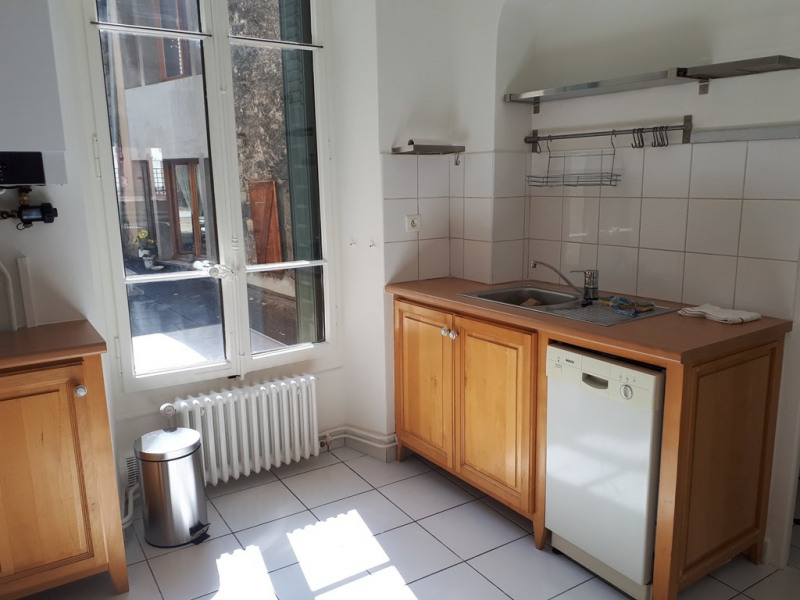 Rental apartment Annecy 945€ CC - Picture 3