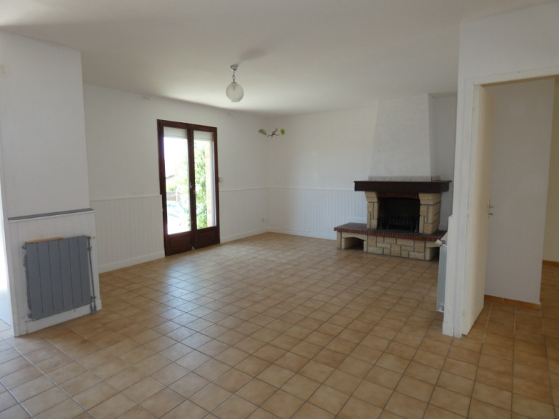 Sale house / villa Pezens 135000€ - Picture 1