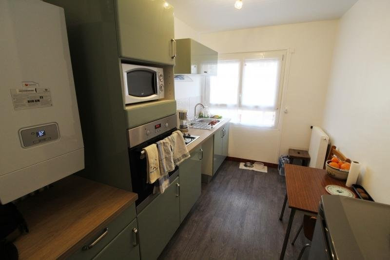 Rental apartment Maurepas 850€ CC - Picture 3