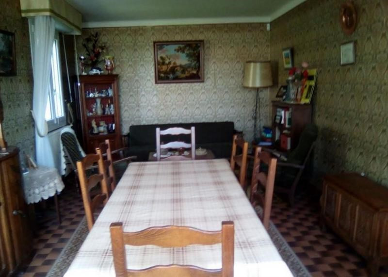 Sale house / villa Quintin 122400€ - Picture 4