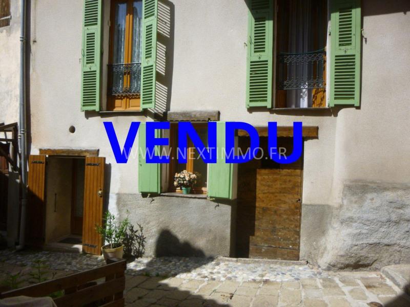 Venta  apartamento Saint-martin-vésubie 118000€ - Fotografía 1