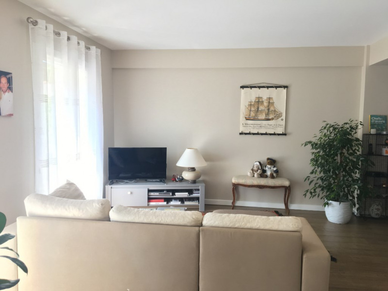 Location appartement Royan 850€ CC - Photo 3