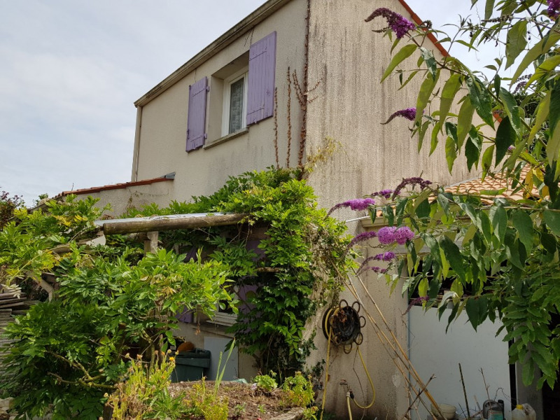 Sale house / villa Les mathes 341250€ - Picture 1