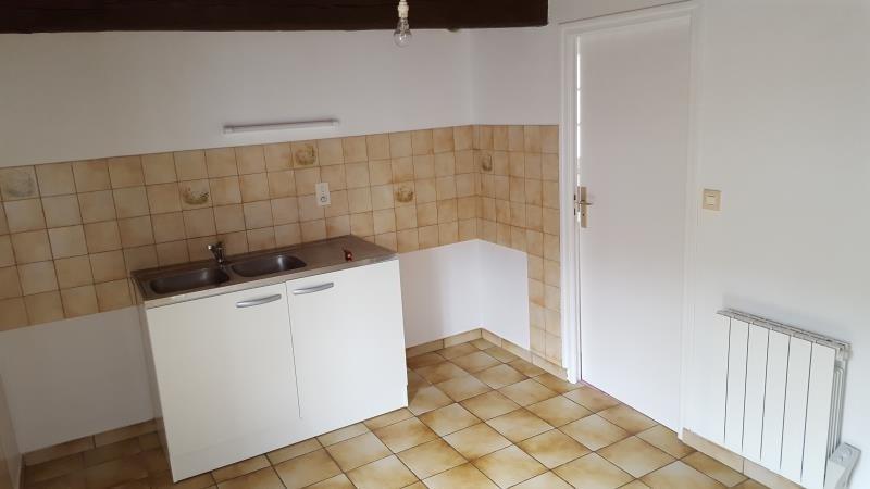 Location maison / villa Tremeven 511€ CC - Photo 3