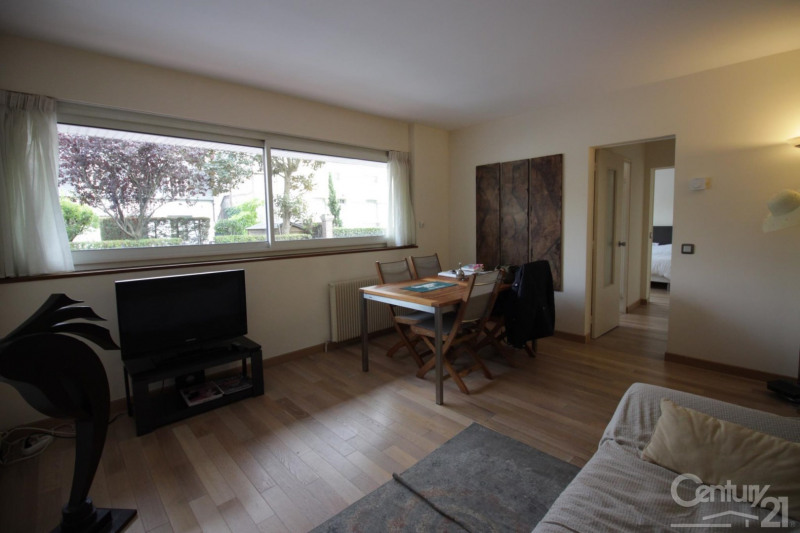 Sale apartment Deauville 213 000€ - Picture 2