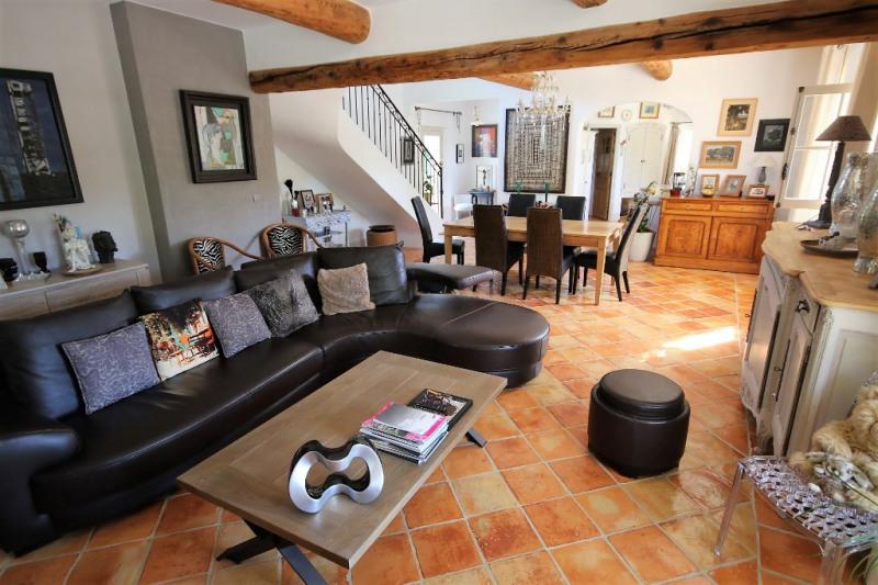 Vente de prestige maison / villa Meyrargues 946000€ - Photo 4