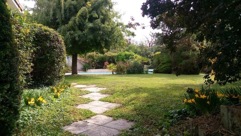 Deluxe sale house / villa Neyron 695 000€ - Picture 2