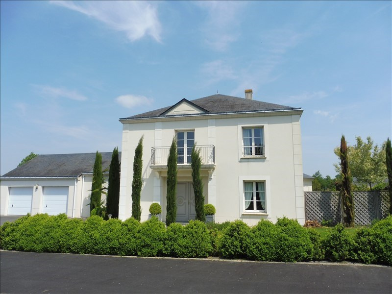 Deluxe sale house / villa Cholet 554 900€ - Picture 1