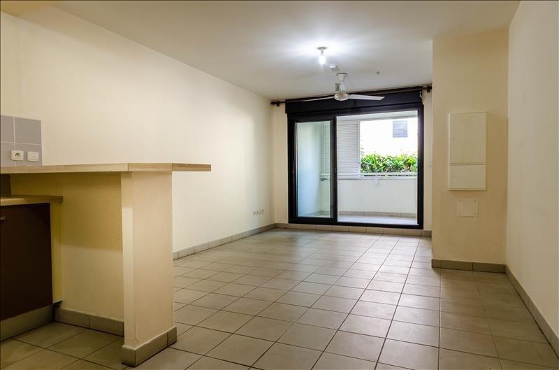 Sale apartment St pierre 115000€ - Picture 1