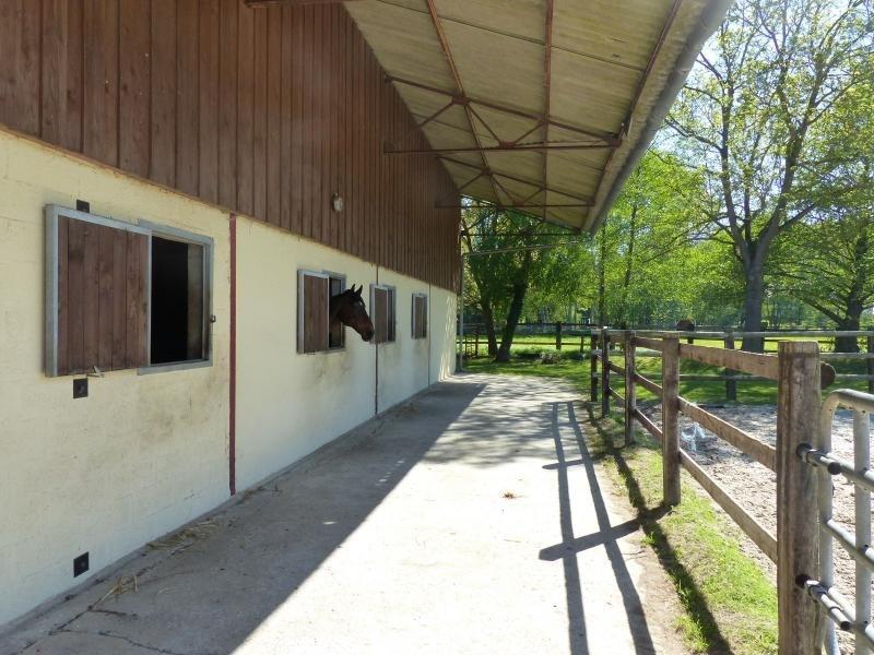 Sale building Sylvains les moulins 1050000€ - Picture 13