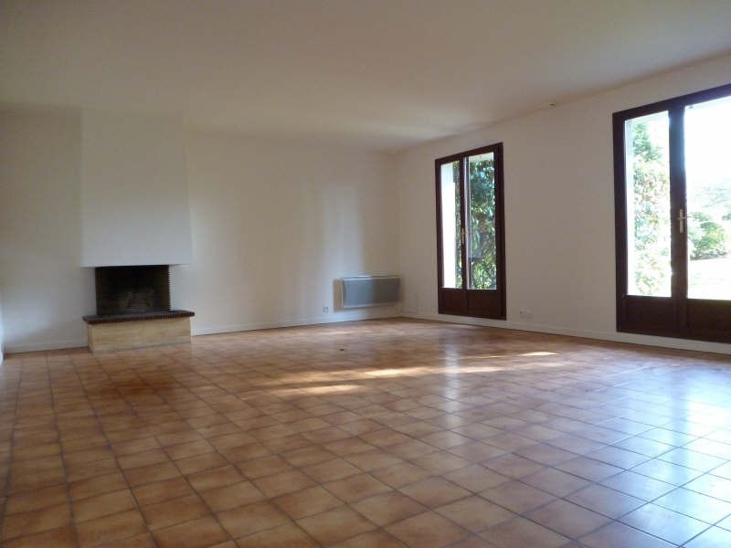 Location maison / villa St germain en laye 2 500€ CC - Photo 2