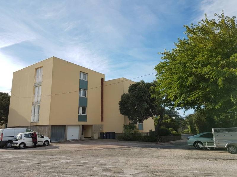 Rental apartment Villeneuve-les-avignon 790€ CC - Picture 6