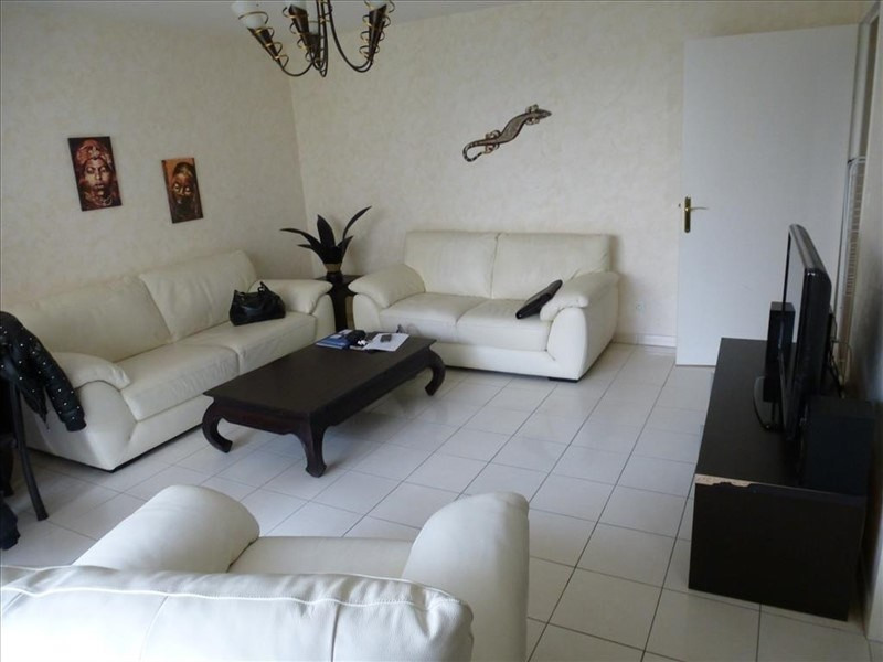Sale apartment Creil 133 000€ - Picture 1
