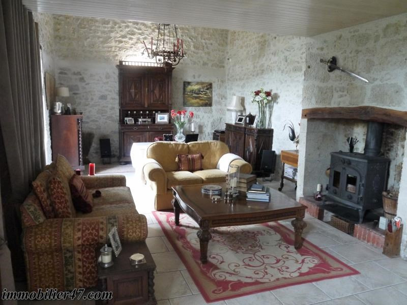Vente maison / villa Prayssas 285 000€ - Photo 4