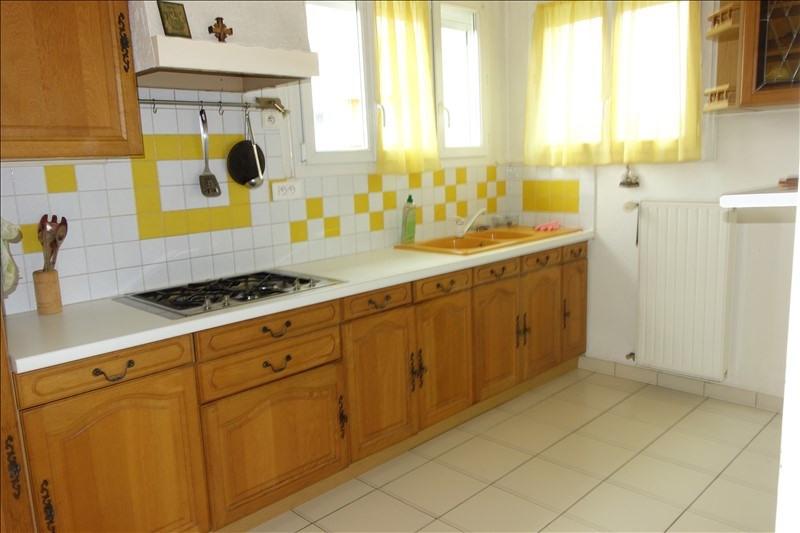 Sale house / villa La roche sur yon 179000€ - Picture 4