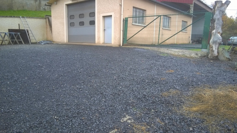 Location local commercial Brives charensac 660€ HT/HC - Photo 1