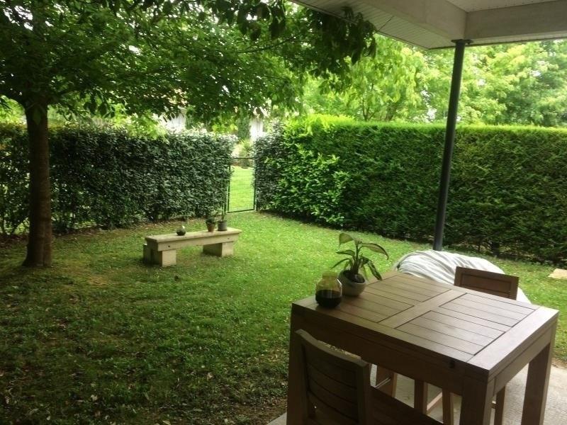 Sale house / villa La lande de fronsac 180000€ - Picture 1