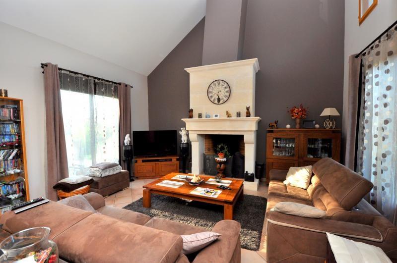 Sale house / villa Forges les bains 543250€ - Picture 4